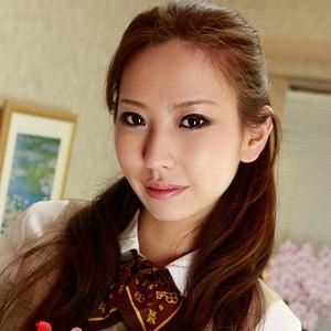 友華(27)T156 B86(E) W59 H86