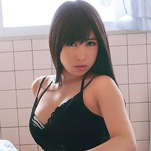 るみ(20) T160 B87(E-70) W60 H90