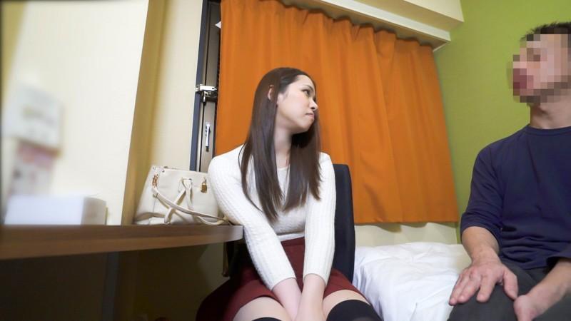 http://pics.dmm.co.jp/digital/amateur/eqt019/eqt019jp-001.jpg