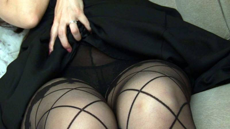 http://pics.dmm.co.jp/digital/amateur/ewdx045/ewdx045jp-001.jpg