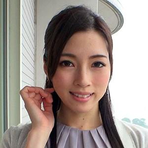 しのぶさん(32)T154 B85(F) W58 H85
