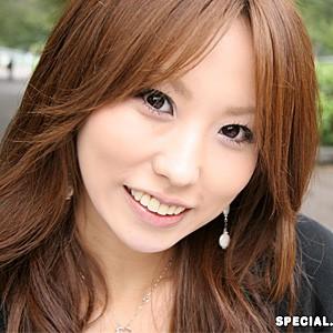 亜美(25) T170 B83(B) W59 H86