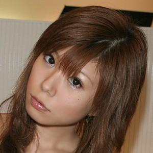 えりこ(19)T158 B80 W60 H80