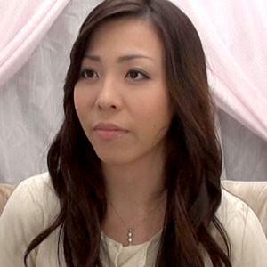働く美女と性交 桜木優希音(素人個人撮影、投稿。619 なつき)