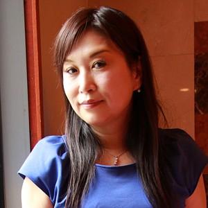 とわ子(48)T165 B95(F) W63 H100
