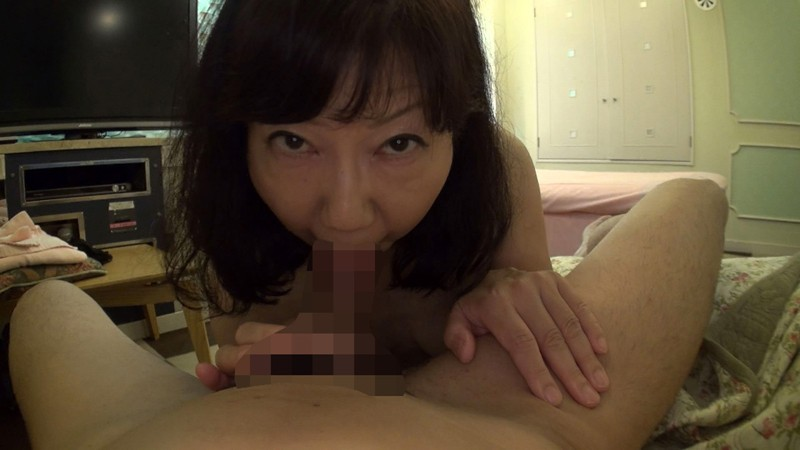 http://pics.dmm.co.jp/digital/amateur/hint0203/hint0203jp-002.jpg