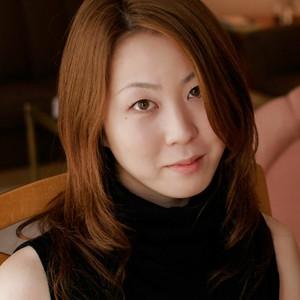 志津瑠(27)人妻