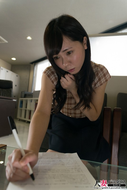 http://pics.dmm.co.jp/digital/amateur/hpara234/hpara234jp-001.jpg