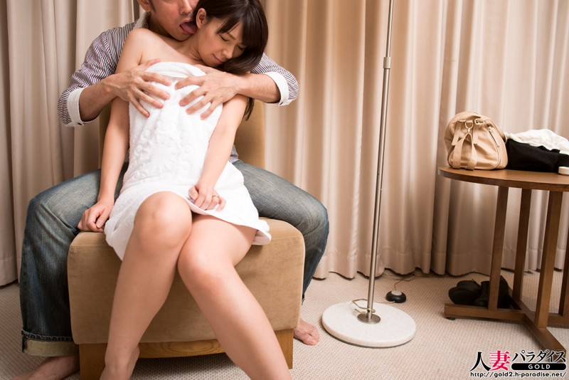 http://pics.dmm.co.jp/digital/amateur/hpara237/hpara237jp-001.jpg