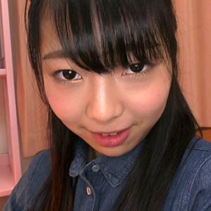 優里(18)T160 B80(B) W57 H80
