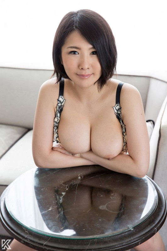 http://pics.dmm.co.jp/digital/amateur/kiray013/kiray013jp-001.jpg