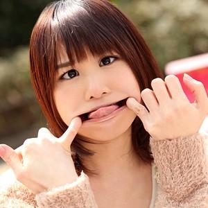 えりこ(22)T160 B-- W-- H--