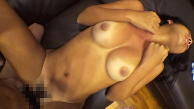 http://pics.dmm.co.jp/digital/amateur/lady009/lady009jp-003.jpg