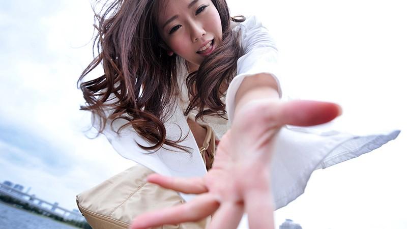 http://pics.dmm.co.jp/digital/amateur/lady032/lady032jp-001.jpg
