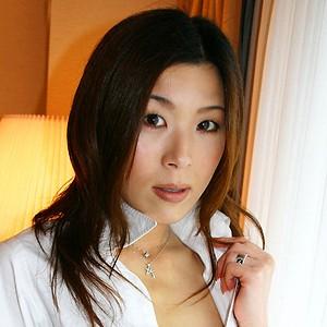 永瀬かな(30)T162 B84(C) W59 H87