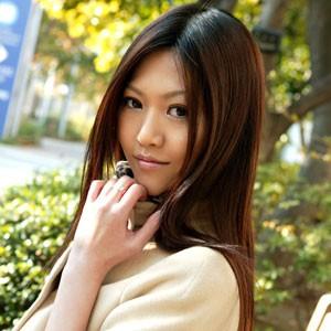 松岡智恵美(25) T166 B86 W57 H88