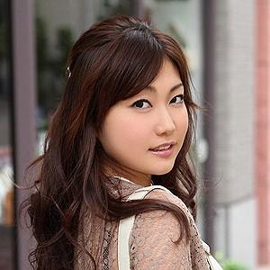 前田優奈(26)<br>T157 B86(F-65) W59 H88