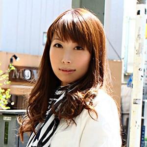 夏目杏奈<br>T--- B82(C-65) W55 H82