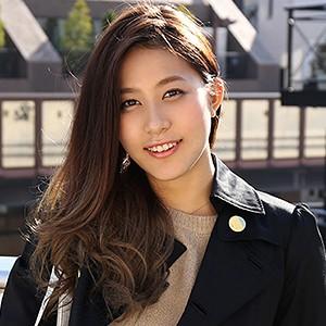芦田莉子(24)T157 B83(C-65) W58 H85