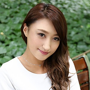 上野麻由(32)<br>T150 B76(B-65) W62 H82 冴木琴美