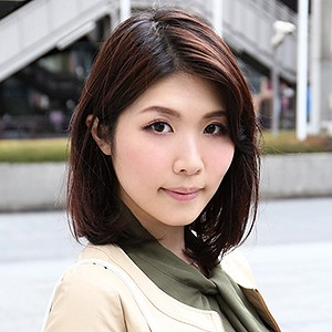 滝沢優子(30)<br>T165 B82(C-70) W60 H88