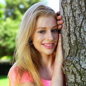 [美少女]「Avril」(Natural 9)