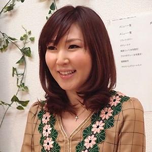 斉藤さん(26)T157 B84(C) W57 H86