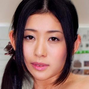 斉藤さん(32)T166 B84(D) W58 H86