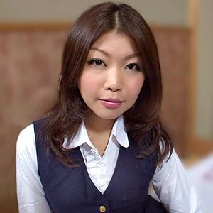 山内さん(25)T157 B85(F) W57 H85