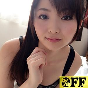 サヤ(23)