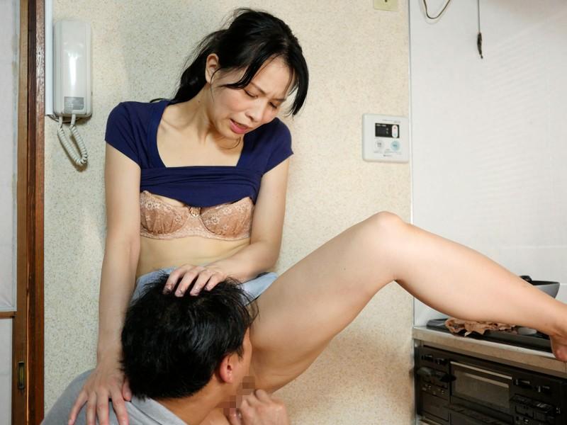 http://pics.dmm.co.jp/digital/amateur/pwife359/pwife359jp-002.jpg