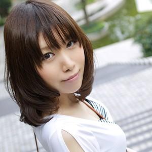 小嶋じゅんなT165 B85 W57 H83