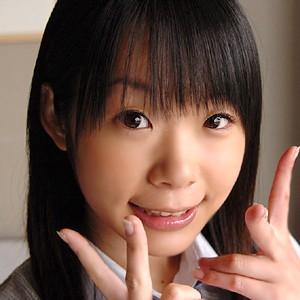 http://pics.dmm.co.jp/digital/amateur/scute008/minami416jp.jpg