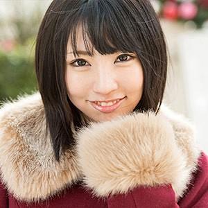 yui(19) T157 B83(C) W55 H83