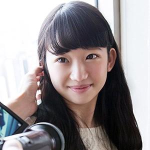 yuuna 3(22) T160 B85(D) W58 H84