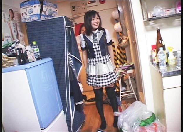 http://pics.dmm.co.jp/digital/amateur/smmc037/smmc037jp-001.jpg