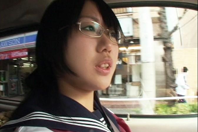 http://pics.dmm.co.jp/digital/amateur/smmc039/smmc039jp-001.jpg