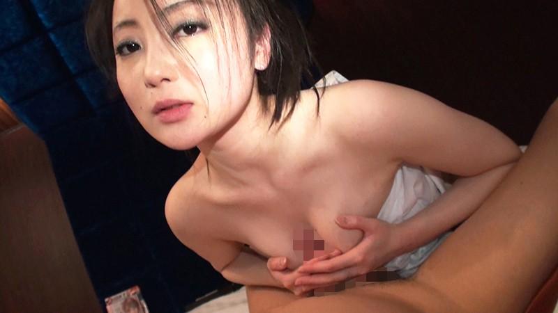 http://pics.dmm.co.jp/digital/amateur/smmc040/smmc040jp-003.jpg