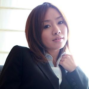 紗希(23)T161 B83(C) W58 H86