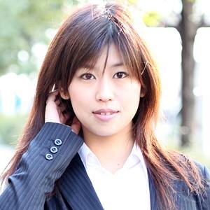佳子(25)T162 B85(E) W59 H86