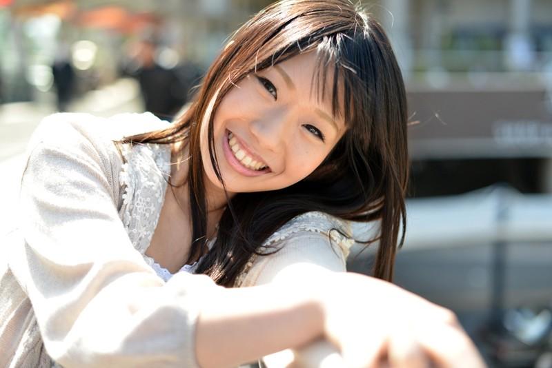 http://pics.dmm.co.jp/digital/amateur/stouch547/stouch547jp-001.jpg