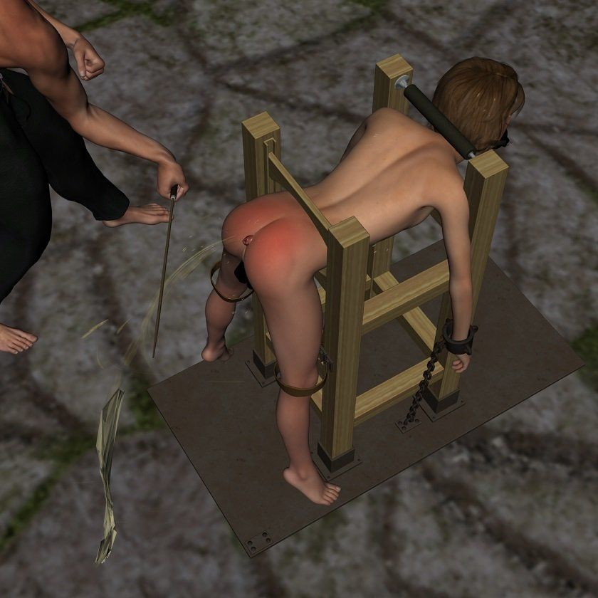 首を吊られて、ムチでお尻を叩かれるキザちん