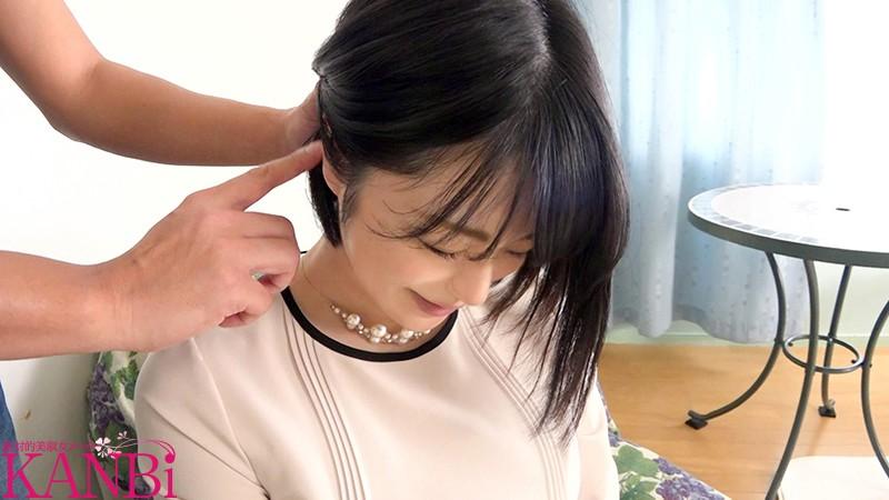 人気マナー講師 子持ち人妻 奏莉子35歳 AVデビュー 画像10枚