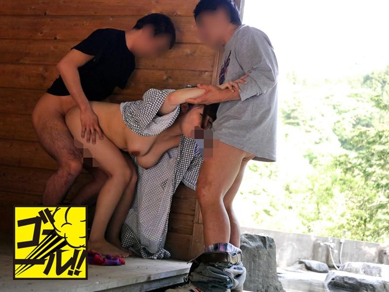 混浴温泉ヤリ捨て中出し痴漢 人妻SPECIAL7時間 の画像10