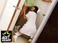 病院のトイレで用を足してもおさまらない患者の勃起チ●ポを見た、今どきのナースは… 14