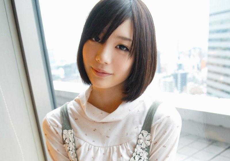 美肌がヤバい!【蔵出し】鈴村あいり、本格デビュー前のAV体験撮影パッケージ