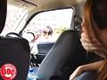 目の前に止まった車の助手席にいる、すまし顔した女の胸があまりにも大きくて… 3 10
