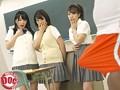 「転校生は黒人(*゜ロ゜)ハッ!!」私たちのクラスに来た転校生はまさかの黒人!?偶然見てしまった彼のビッグなチ○コが頭から離れなくなり、「Please show me!」とお願いしているうちにアソコが疼きだして… 1