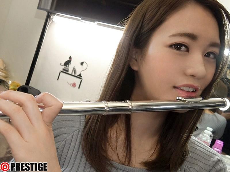 http://pics.dmm.co.jp/digital/video/118srs00063/118srs00063jp-2.jpg