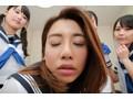 10代小娘、阿部乃みく出演のハーレム無料ムービー。(VR)4人に囲まれ超近接おなにー 目の前で見る超ドアップま○こに大ムラムラ☆